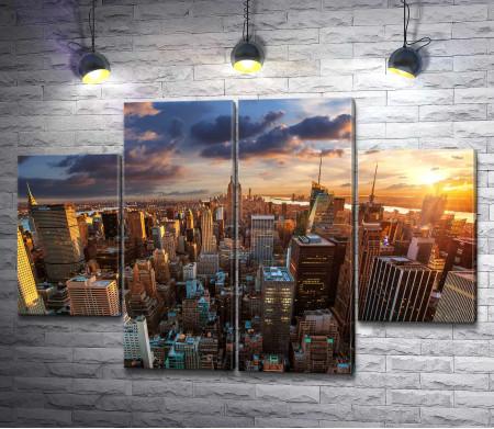 Панорамный вид на Эмпайр-стейт-билдинг. Нью-Йорк