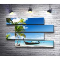 Лодка и пальмы. Тропический берег лагуны