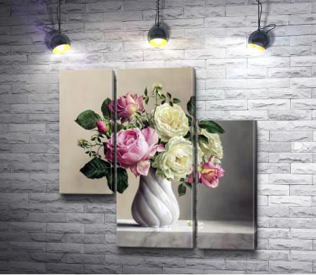 Нежные цветы в вазе