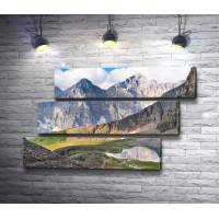 Панорама скалистых гор в национальном парке Банф, Альберта, Канада