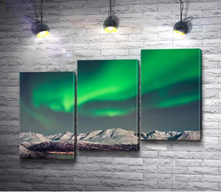 Северное сияние над зимней Норвегией