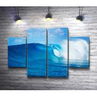 Набегающая волна в океане