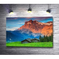 Домики в Швейцарских горах