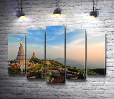 Вид на храм . Мэхонгсон, Таиланд