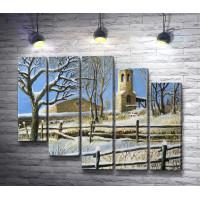 Деревянная церковь в зимнюю пору
