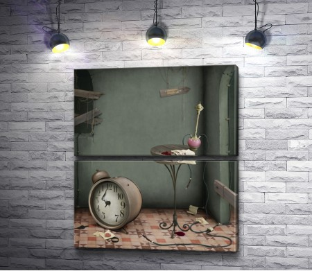 Часы,  столик и кальян в заброшенной комнате