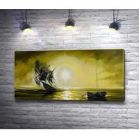 Корабль и лодка в лучах солнца