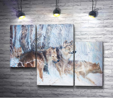 Волчья стая в зимнем лесу