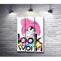 "Пингвин в шапке и текст ""Look at the world"""