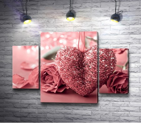 Сердце из страз и розы
