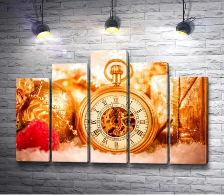 Часы в новогоднюю ночь