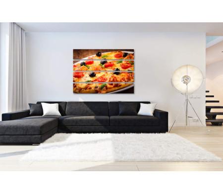 Вкусная итальянская пицца