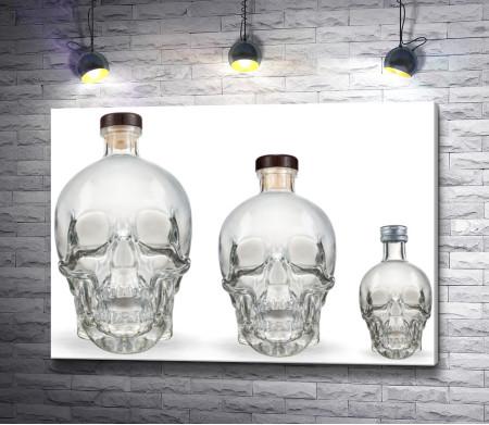 Бутылки в форме черепа