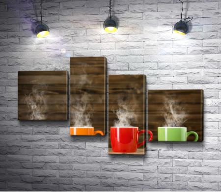 Время пить чай в ярких чашках