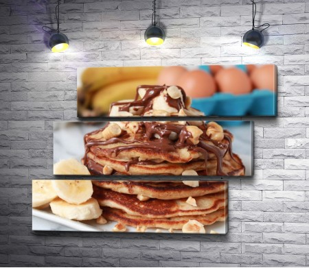Панкейки с шоколадом и бананами