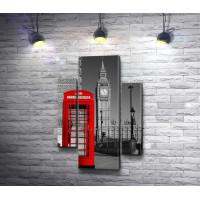 Красная телефонная будка на фоне Биг-Бена в черно-белой гамме, Лондон
