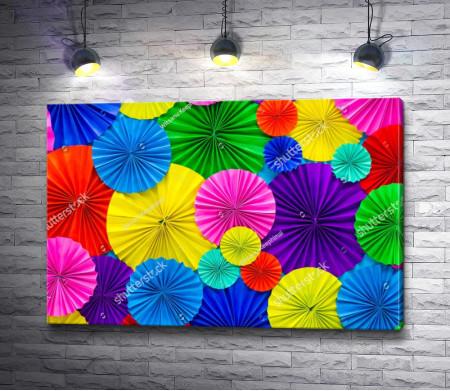 Яркие коктейльные зонтики