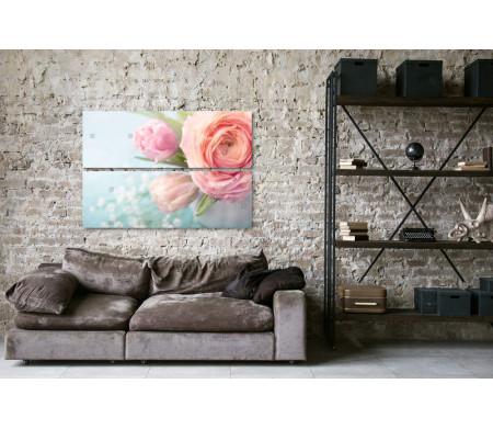 Ваза с розовыми пионами