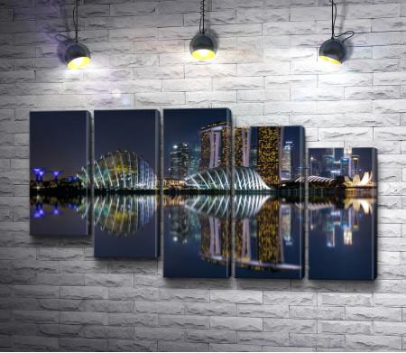 Ночной вид на отель Marina Bay, Сингапур