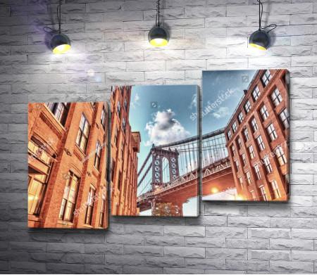 Бруклинский мост в лучах солнца, Нью-Йорк