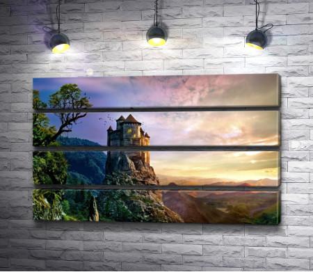 Сказочный замок на вершине горы