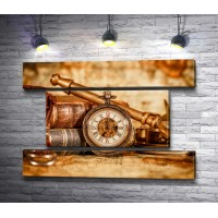 Антиквариат: часы и книги
