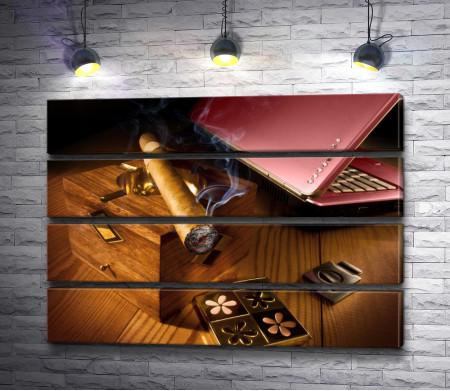Сигара и ноутбук
