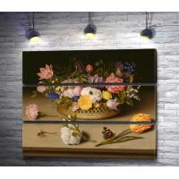 Амброзиус Босхарт - Цветы в корзинке на столе и бабочка