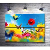 Бабочки летают над полем цветов