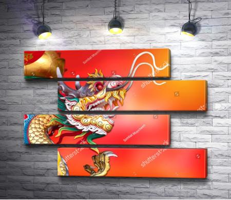 Китайский дракон на оранжевом фоне