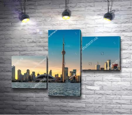 Телевизионная башня Си-Эн Тауэр в Торонто
