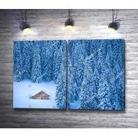 Сказочный домик в заснеженном лесу
