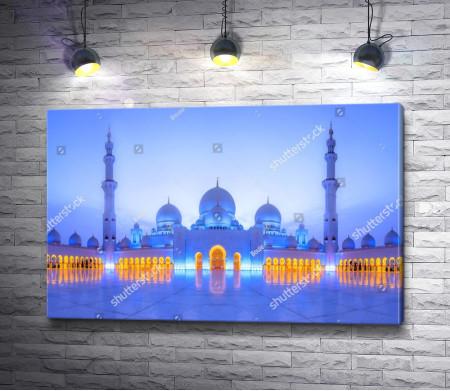 Невероятный вид на Мечеть шейха Зайда, Абу-Даби, ОАЭ