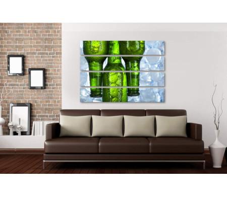 Бутылки с пивом и лед