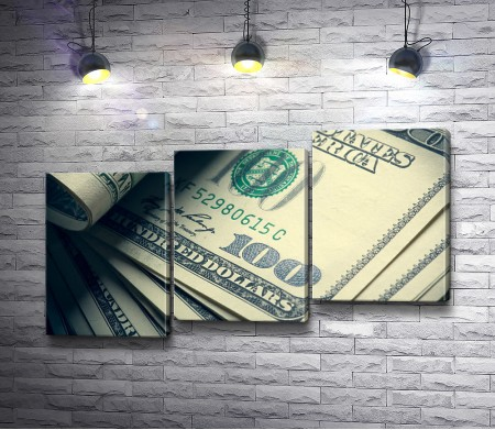 Долларовые купюры