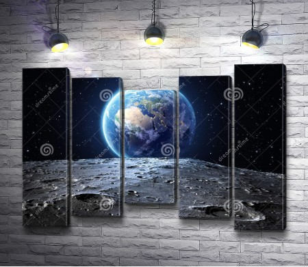 Вид на Землю с поверхности Луны