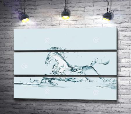 Силуэт лошади из воды