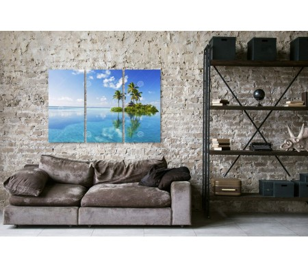 Тропический остров в океане