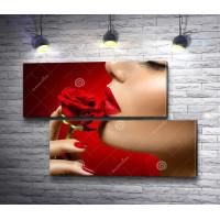Красивая девушка и алая роза