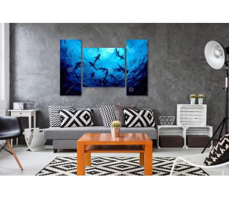 Акулы в подводном мире