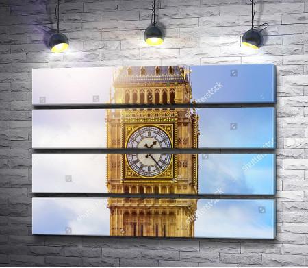 Лондонский Биг Бен в лучах солнца