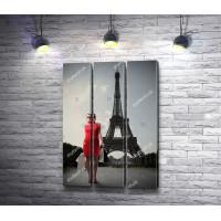 Девушка в красном на фоне Эйфелевой башни, Париж