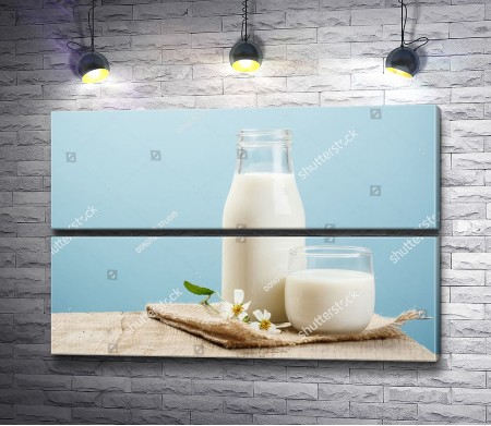 Натюрморт с молоком