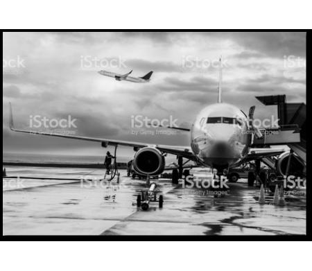 Аэропорт после дождя