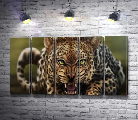 Хищная морда леопарда