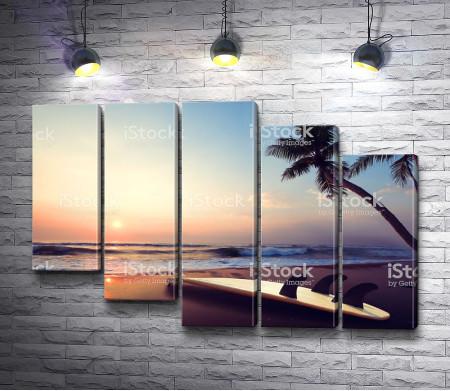 Закат на тропическом пляже