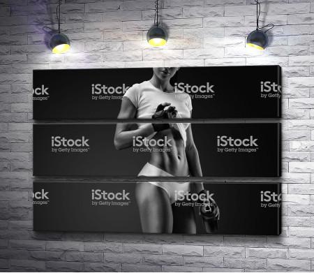 Девушка со спортивной фигурой