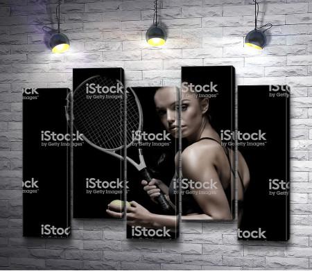 Девушка-теннисистка