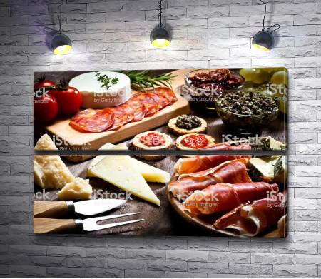 Мясная нарезка и сыр