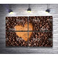 Сердце среди кофейных зерен